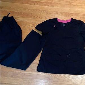 SCRUBSTAR Medical Scrub Set (black)